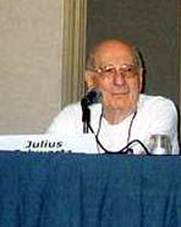 Julius Schwartz in 2002.jpg