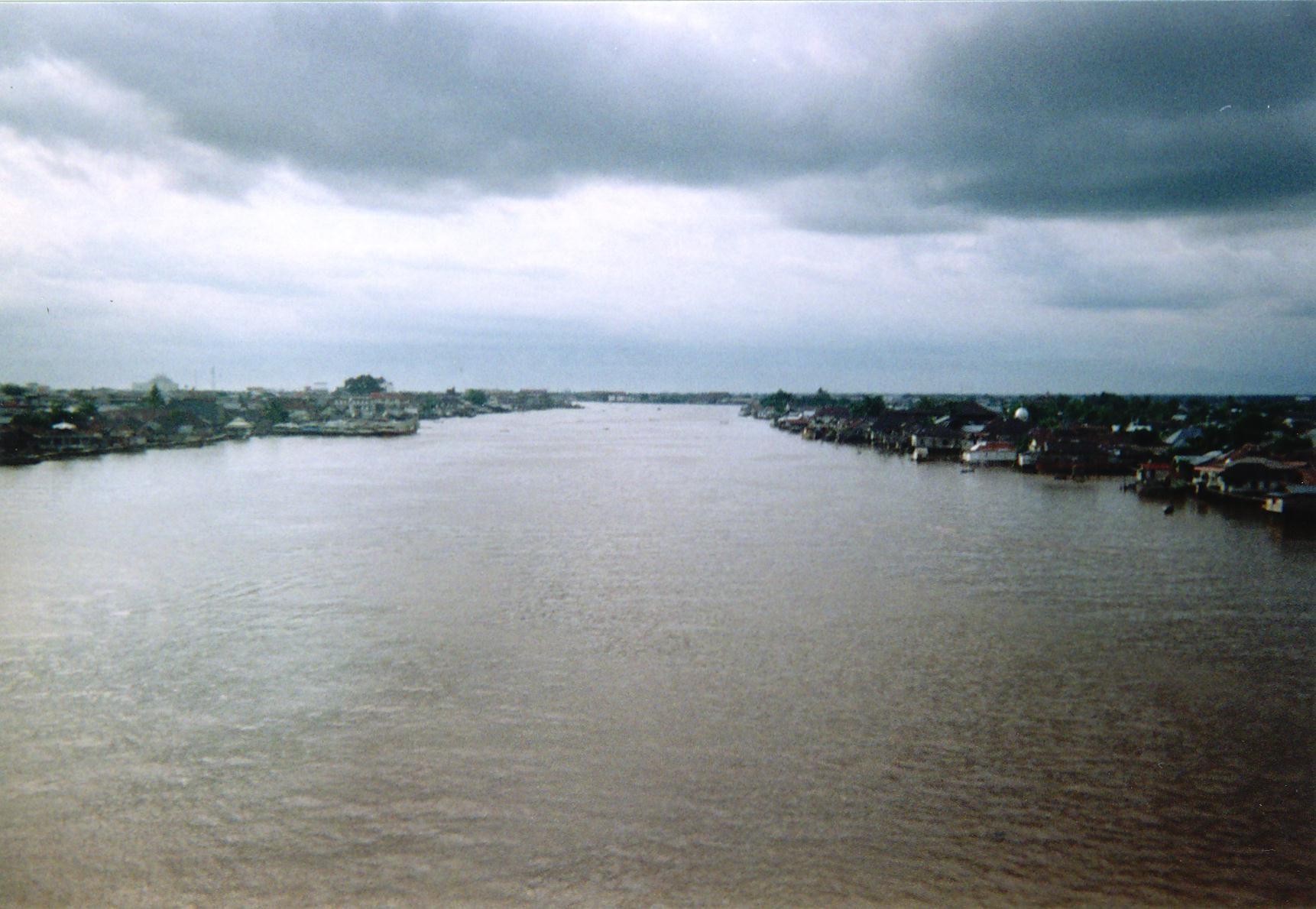 Mengenal Sungai Kapuas Sungai Terpanjang Di Indonesia