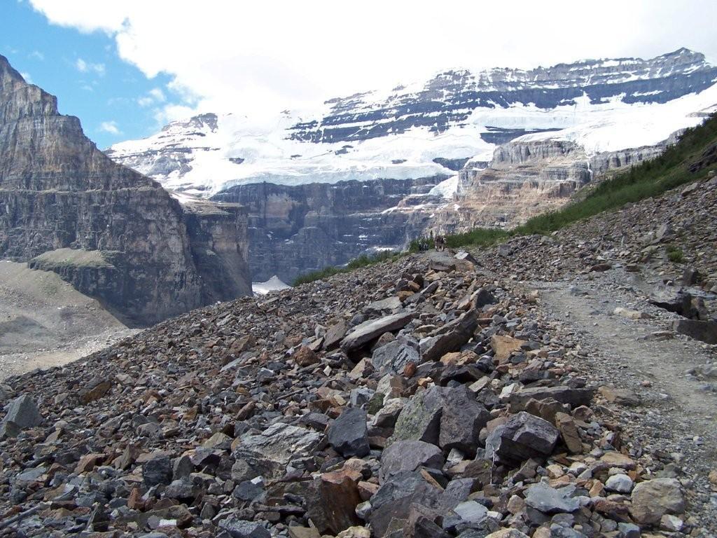 Lake Louise Victoria Glacier