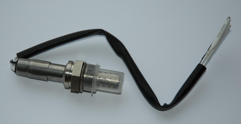 Zirconia O2 sensor.