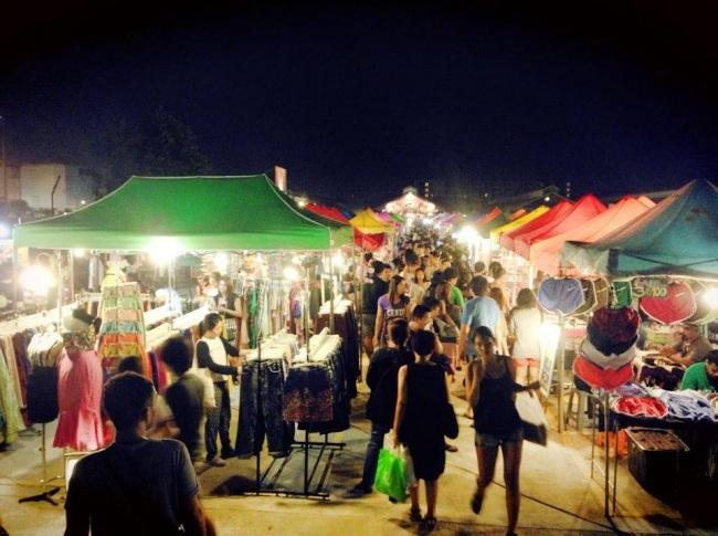 Market by night.jpg