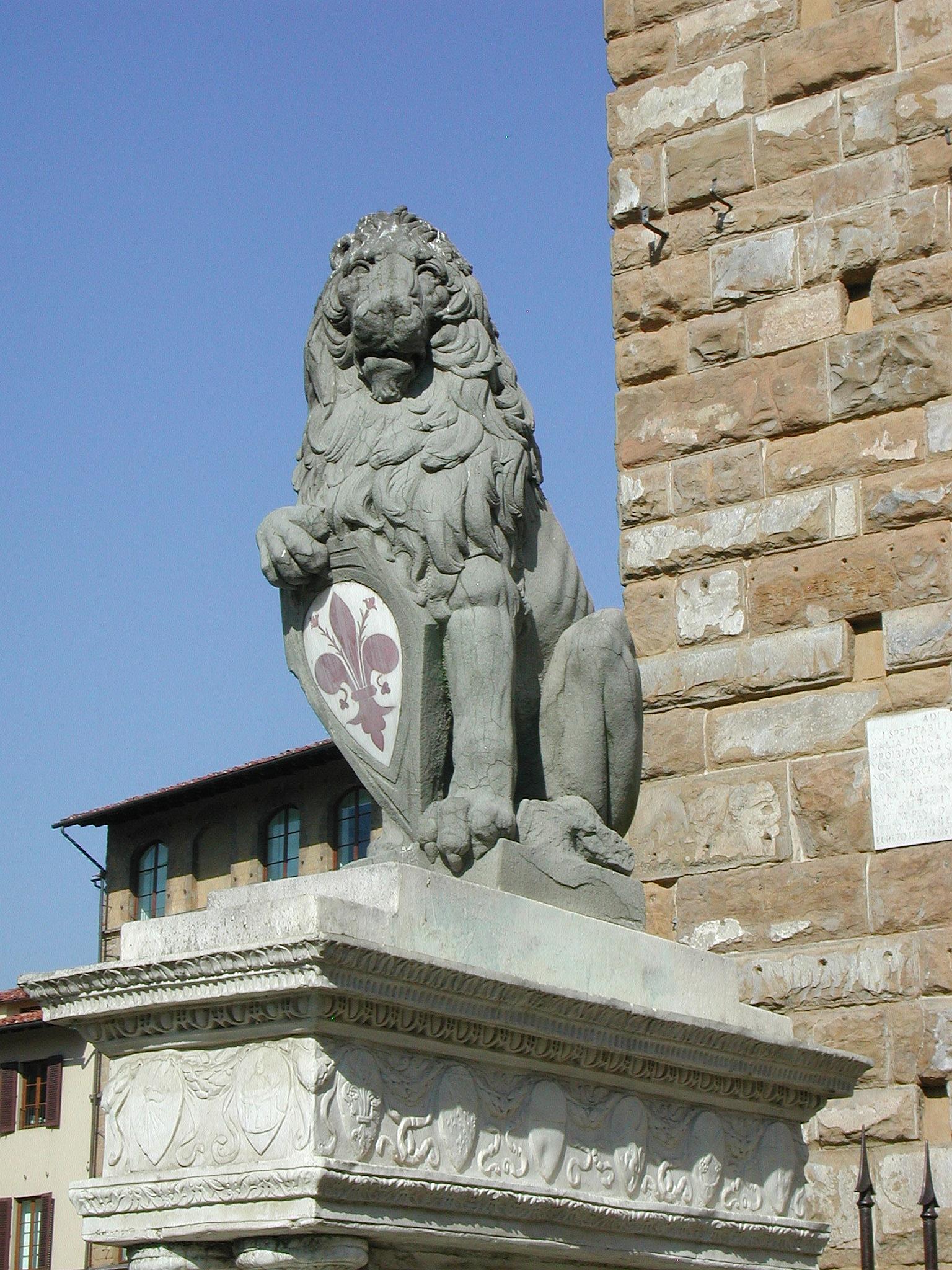 La copia del Marzocco di Donatello in Piazza della Signoria, Firenze