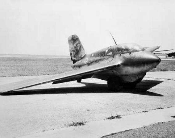 Me 163 at Melbourne