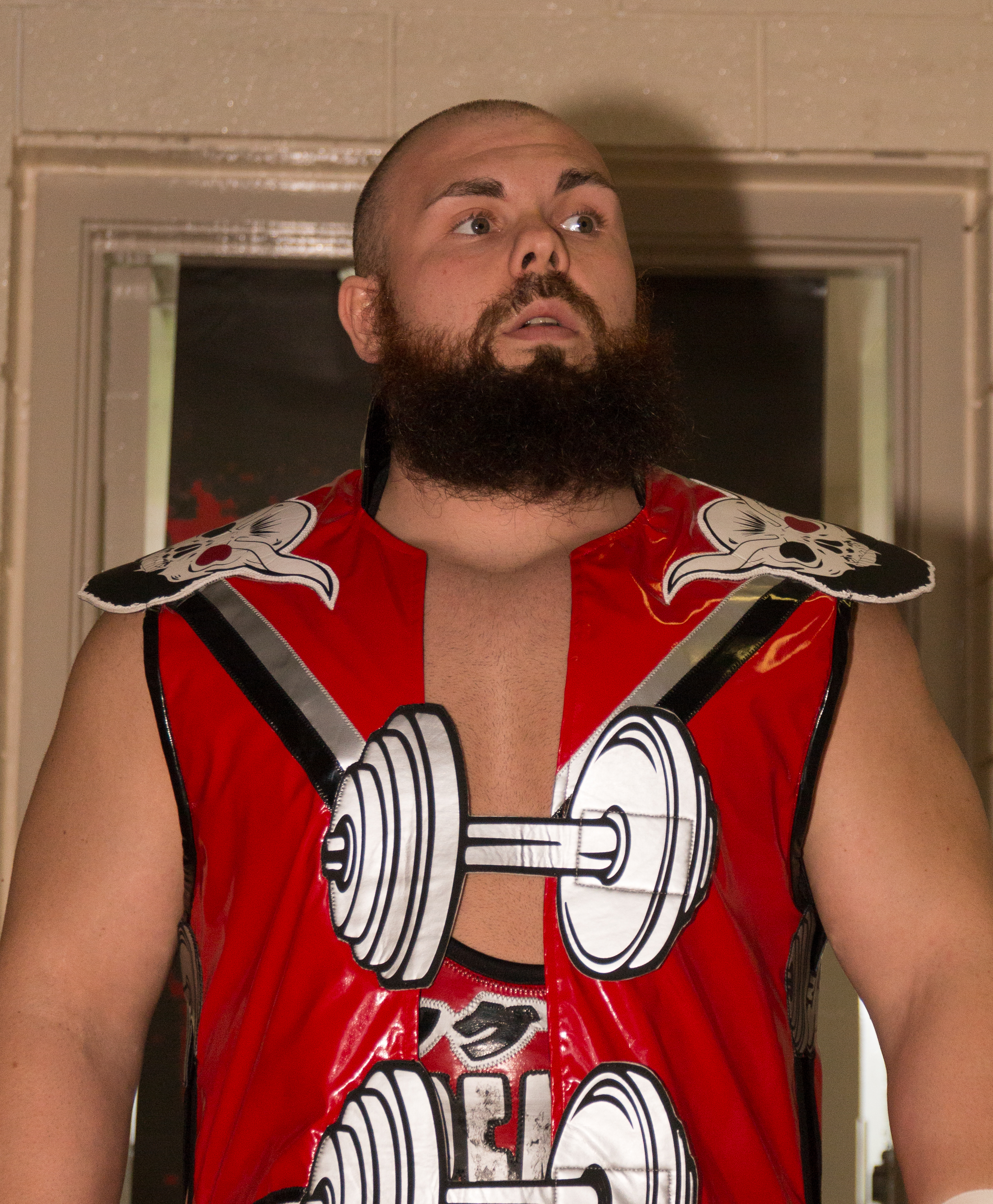 The 31-year old son of father (?) and mother(?) Michael Elgin in 2018 photo. Michael Elgin earned a  million dollar salary - leaving the net worth at 6.7 million in 2018