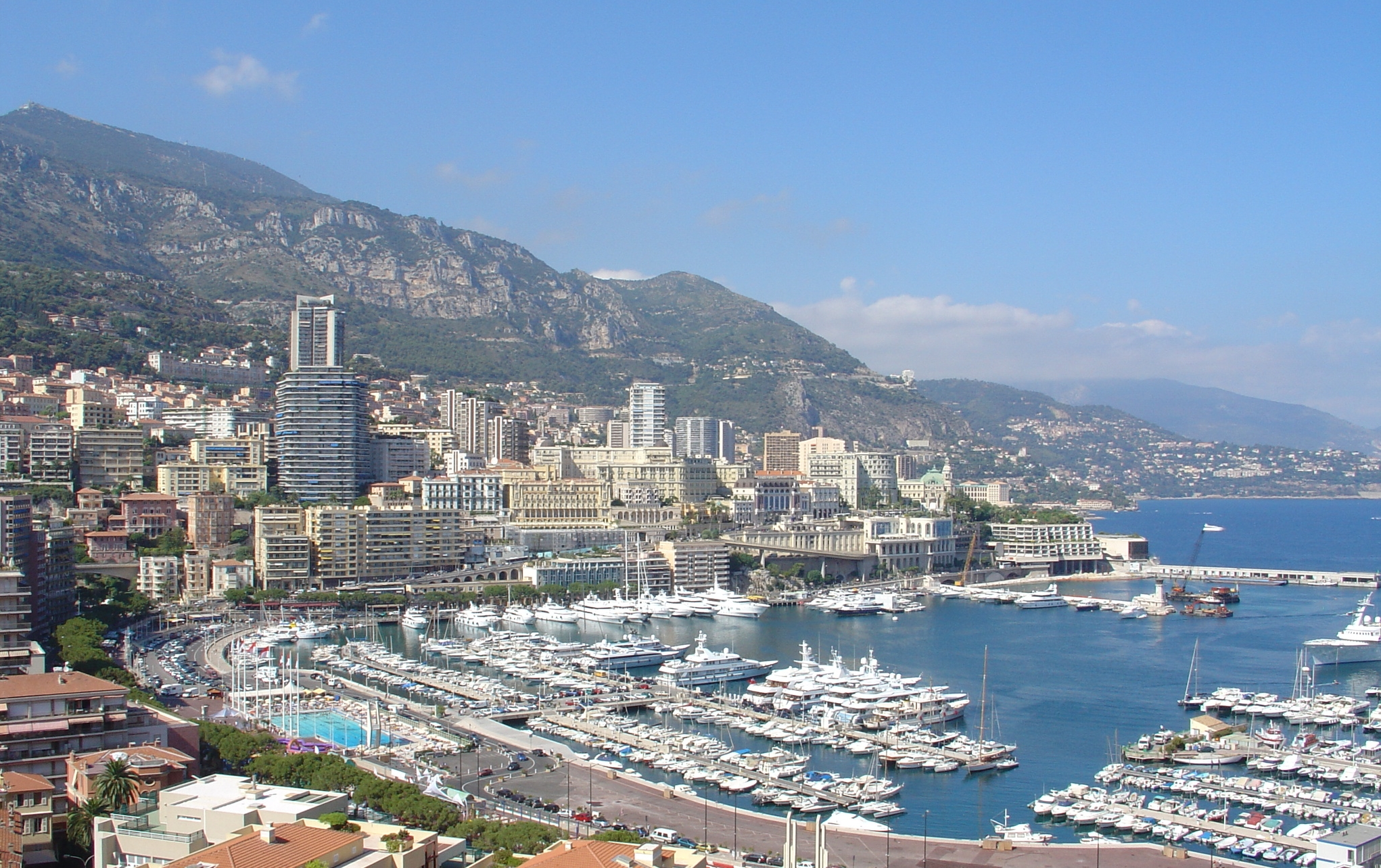 Cities of the world - Alphabetic  - Page 6 Monaco_city_and_harbour_02