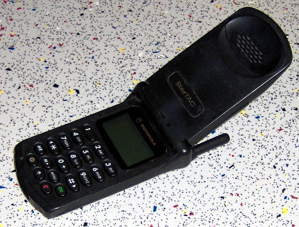 Imagens de telemóveis antigos - Motorola StarTAC