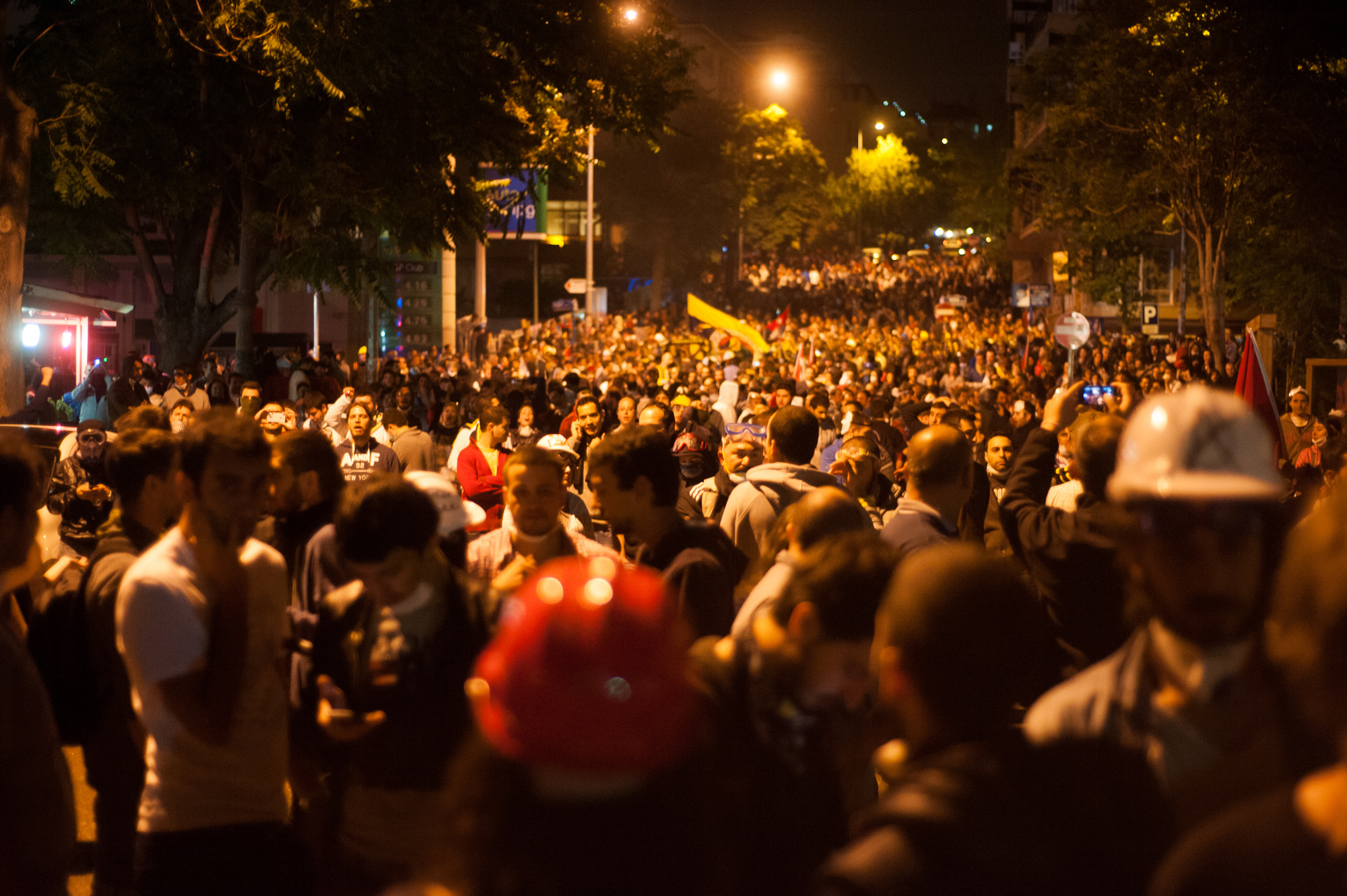 File:Nighttime mass protests in Ankara. Events of June 7-8 ...