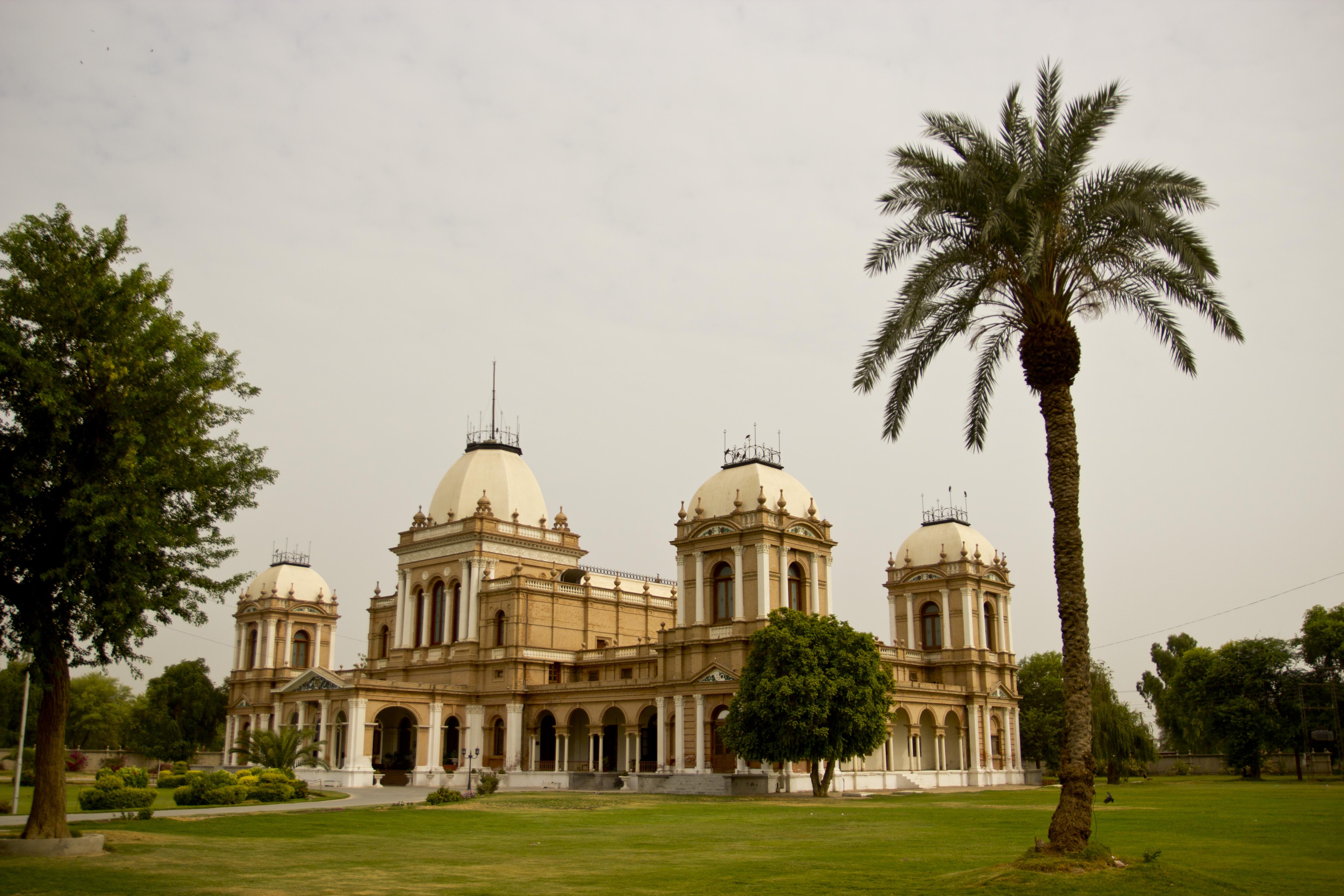 file noor mehal palm tree jpg wikimedia commons