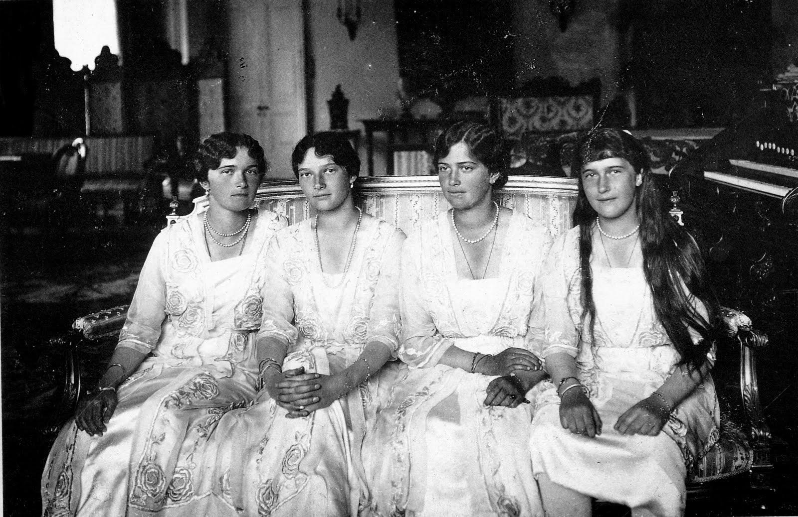 OlgaTatianaMariaAnastasia1916 Sisters Found Dead In Basement