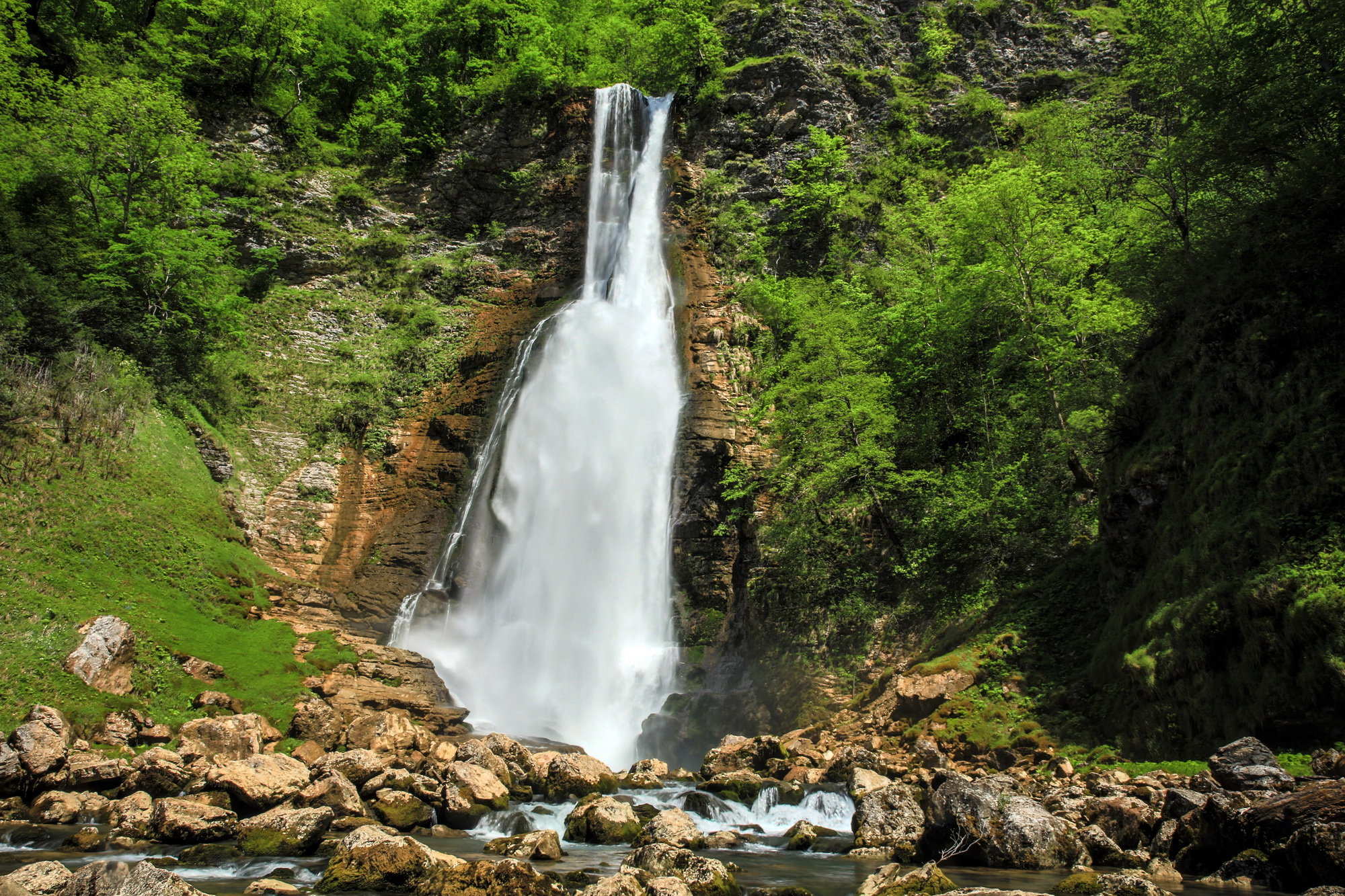 Oniore Waterfall and Toba First Cave Natural Monuments