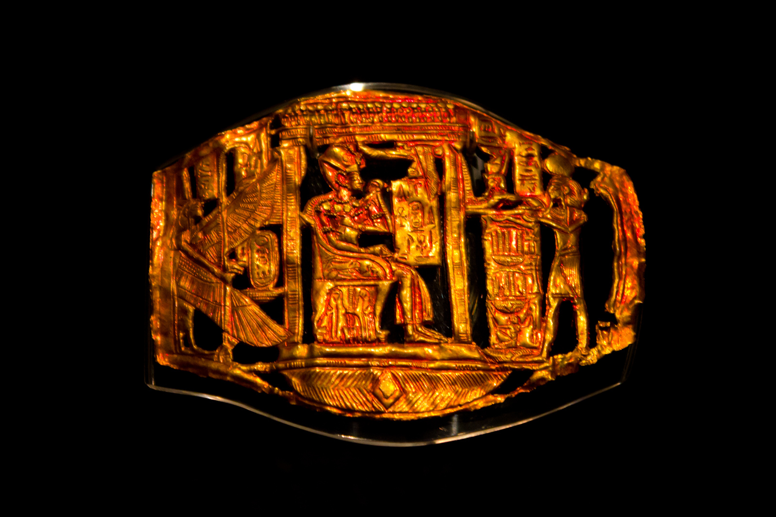 file openwork plaque tutankhamun jpg  file openwork plaque tutankhamun jpg