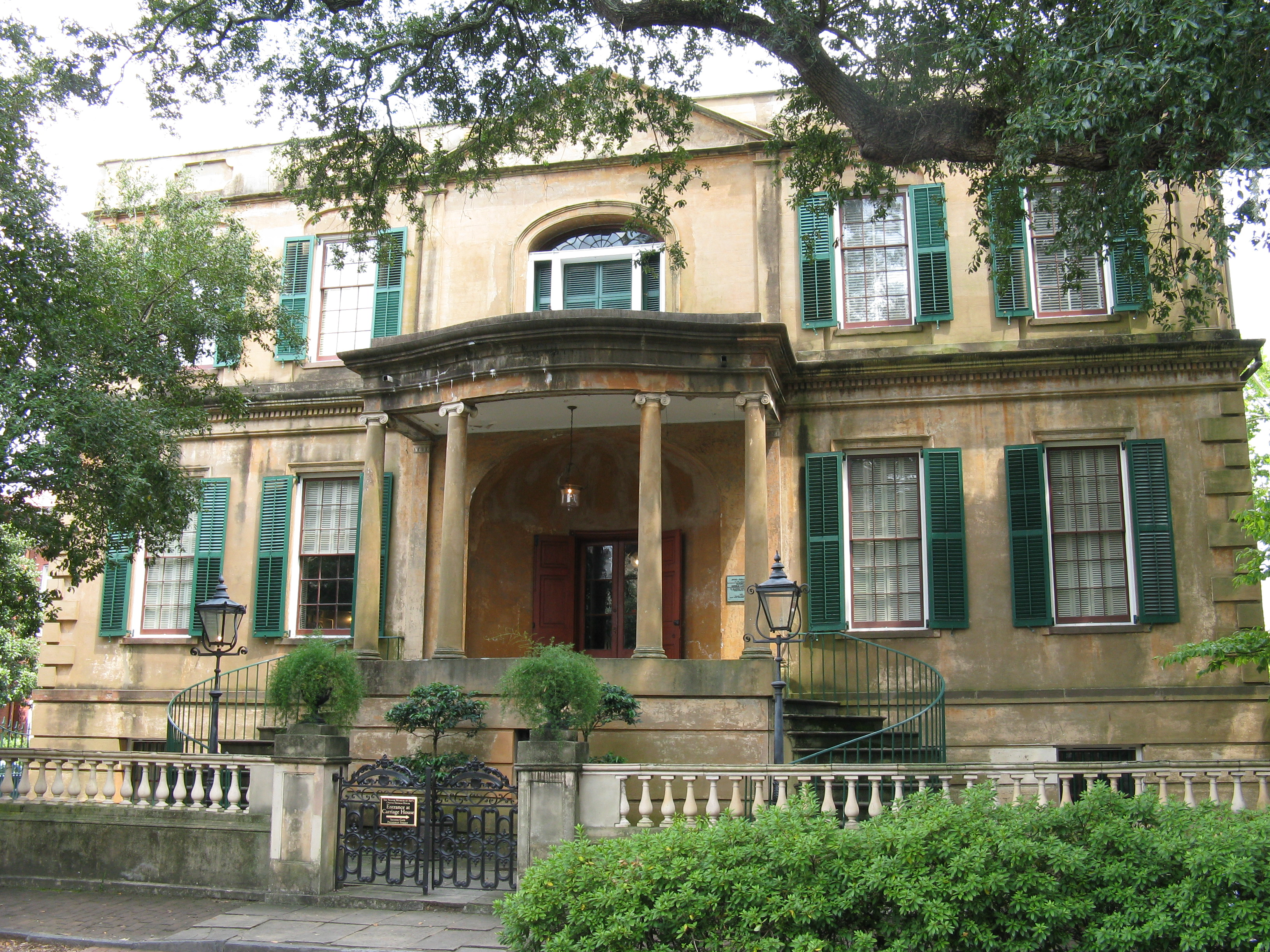 historical district architecturally charming neighborhoods georgia