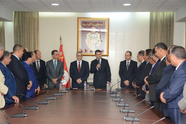 File:Passation de pouvoir entre Hédi Majdoub et Lotfi Brahem ...