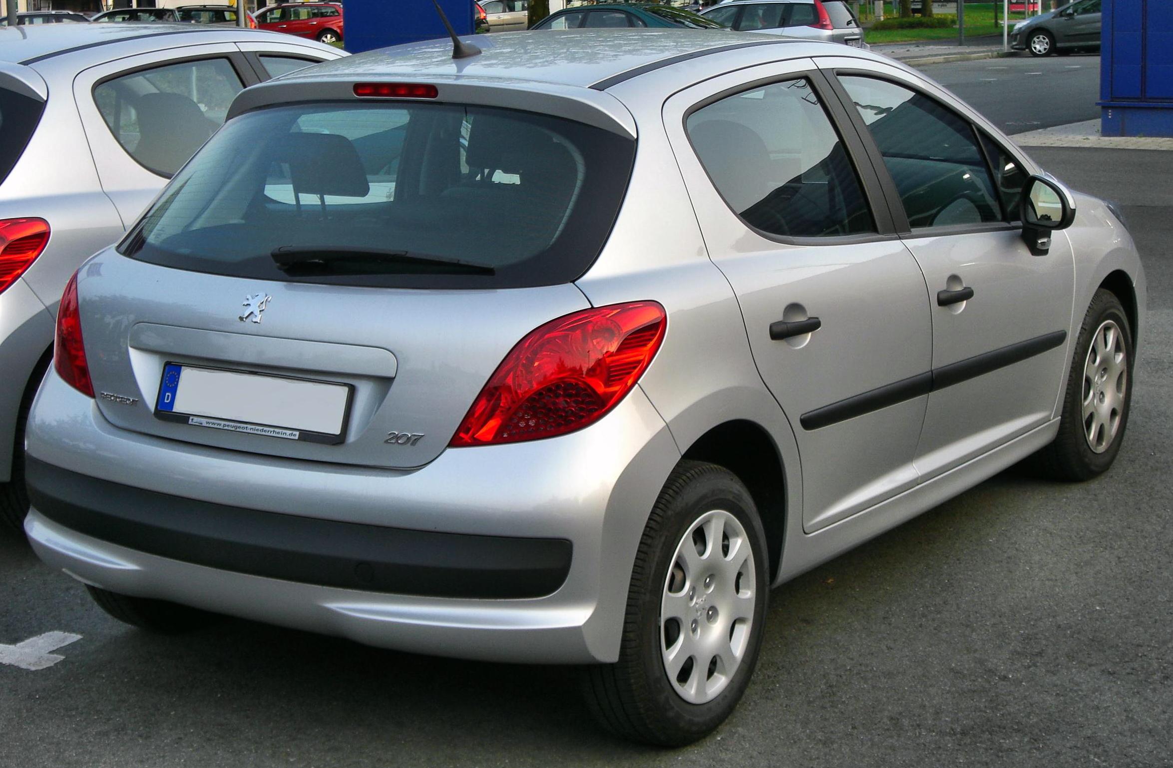 File:Peugeot 207 5-Türer rear.JPG - Wikimedia Commons