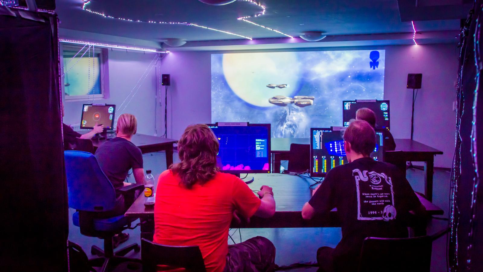 Playing_Artemis_at_Ropecon.jpg