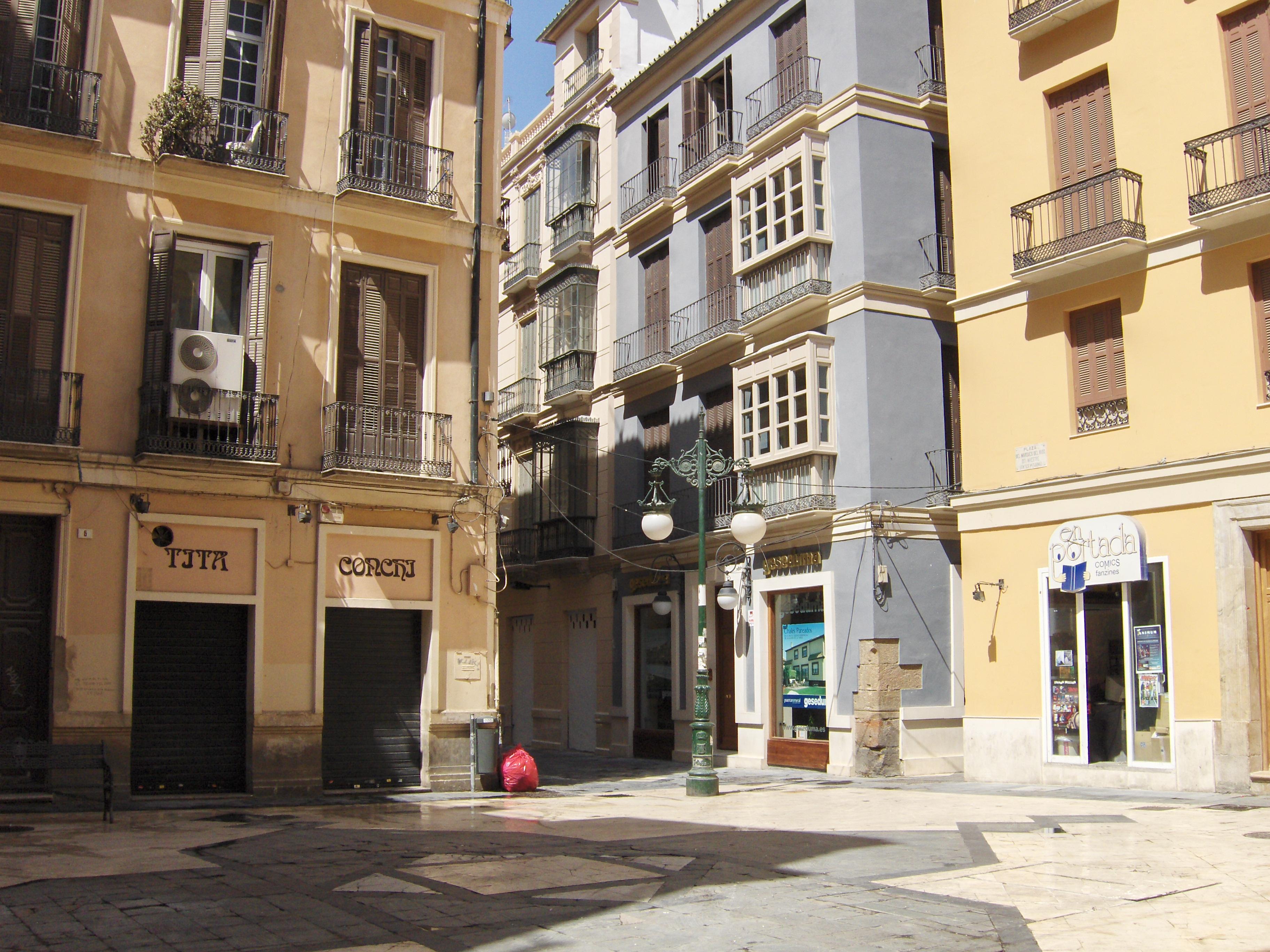 File plaza wikimedia commons for Ideas para reformar un piso antiguo