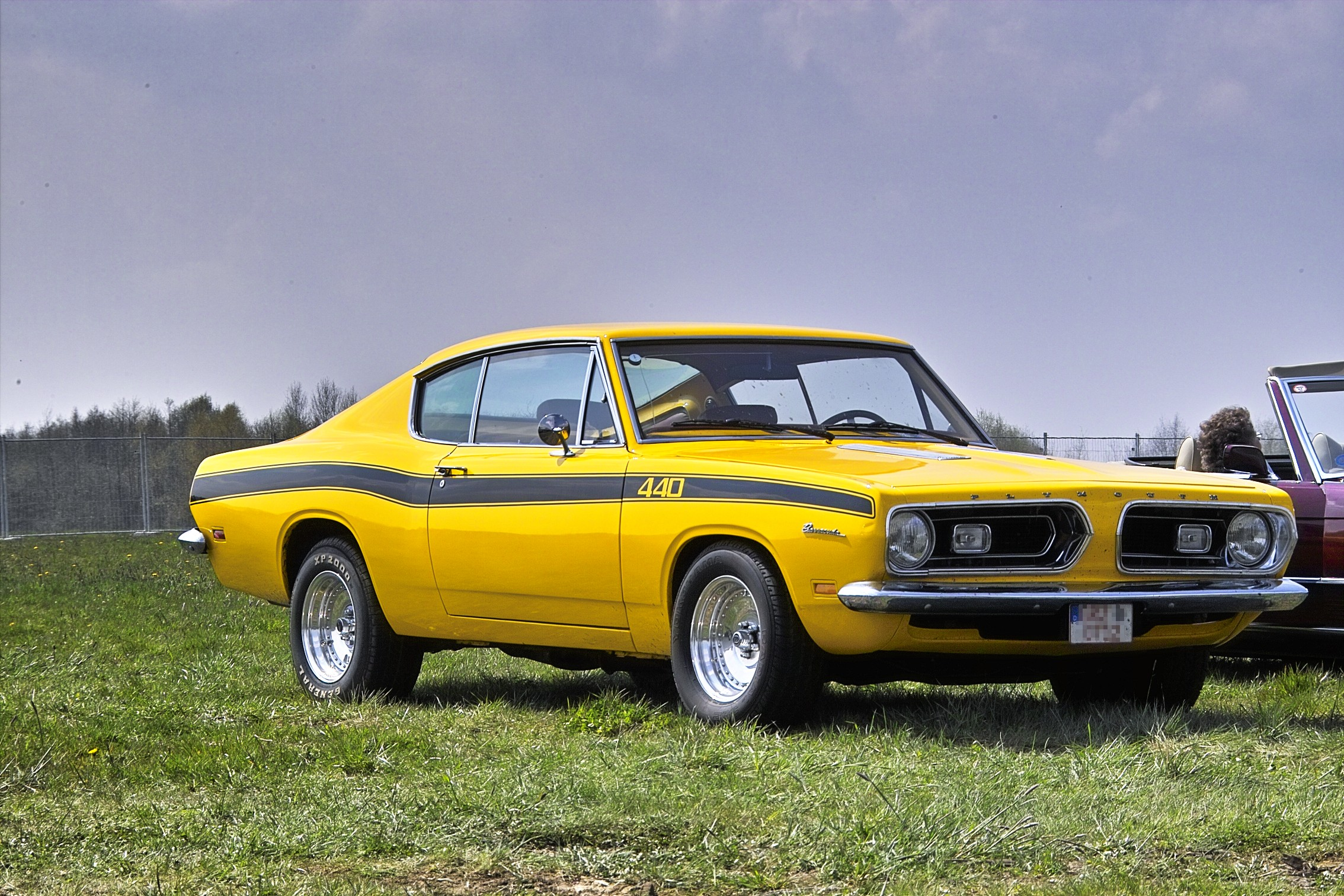 Description Plymouth barracuda 440 1969 front.jpg