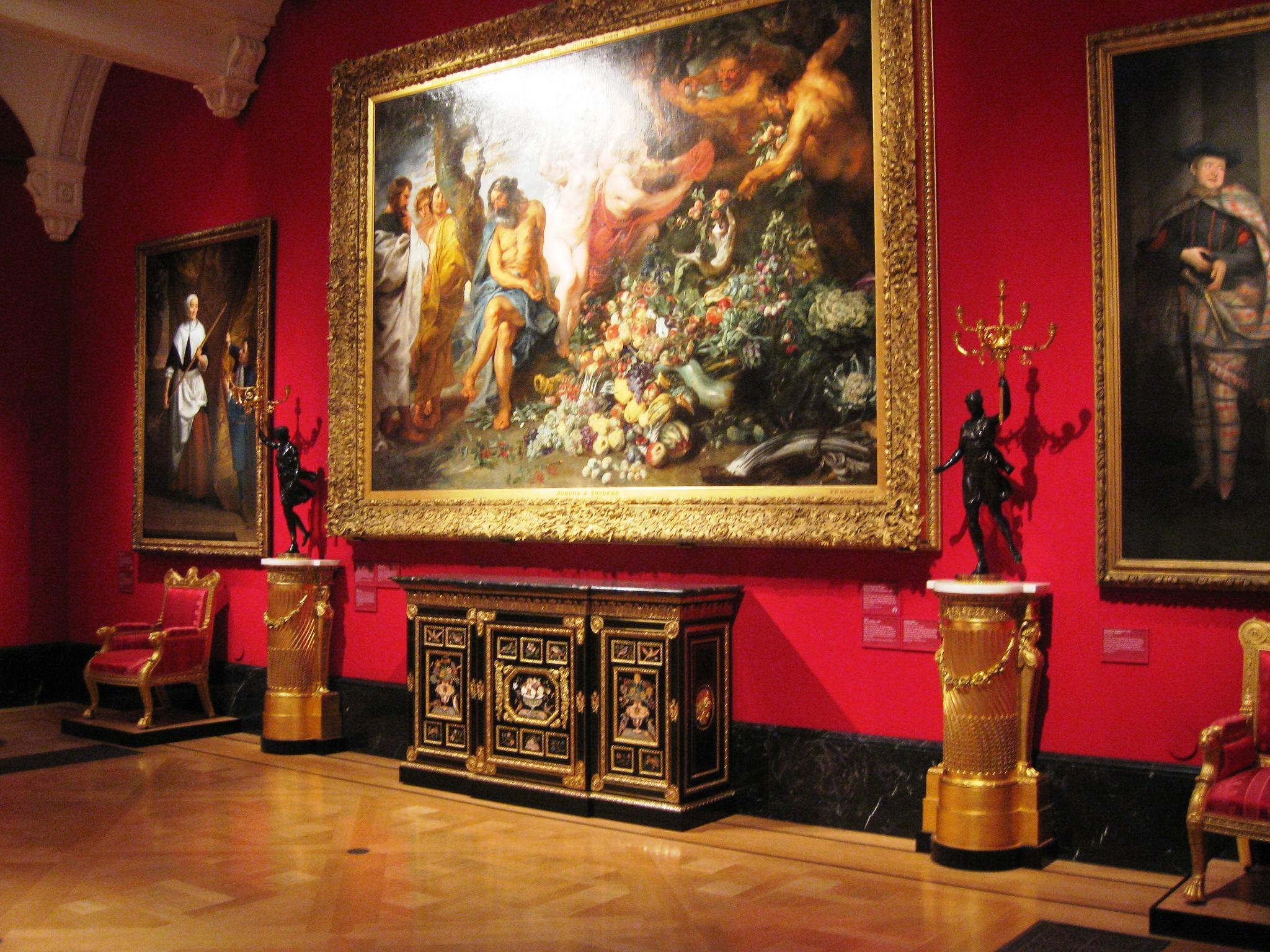 Queen's Gallery -1.jpg