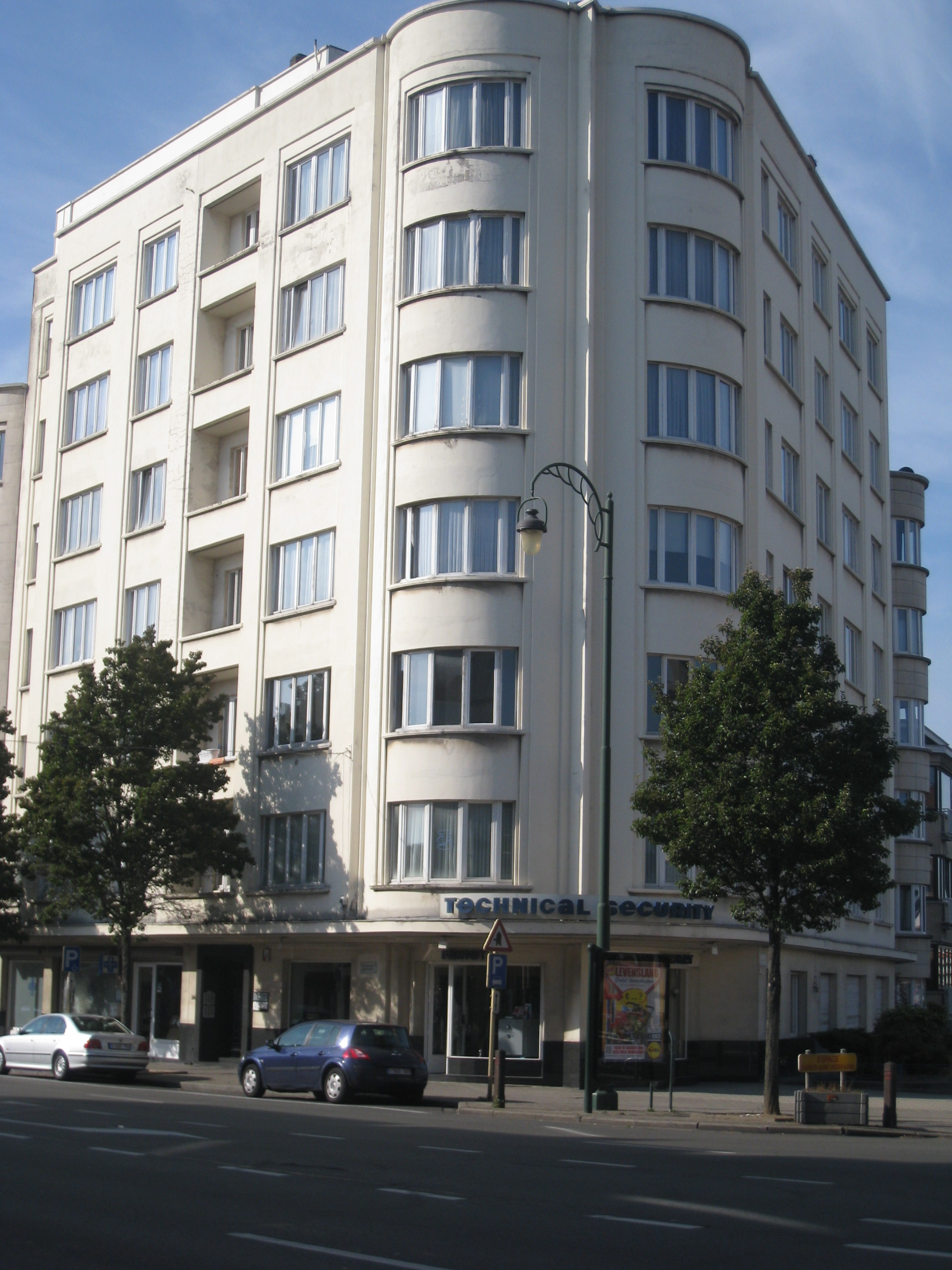 File R 233 Sidence Basilique Immeuble 224 Appartements Sis Avenue Charles Quint 122 124 224 1083