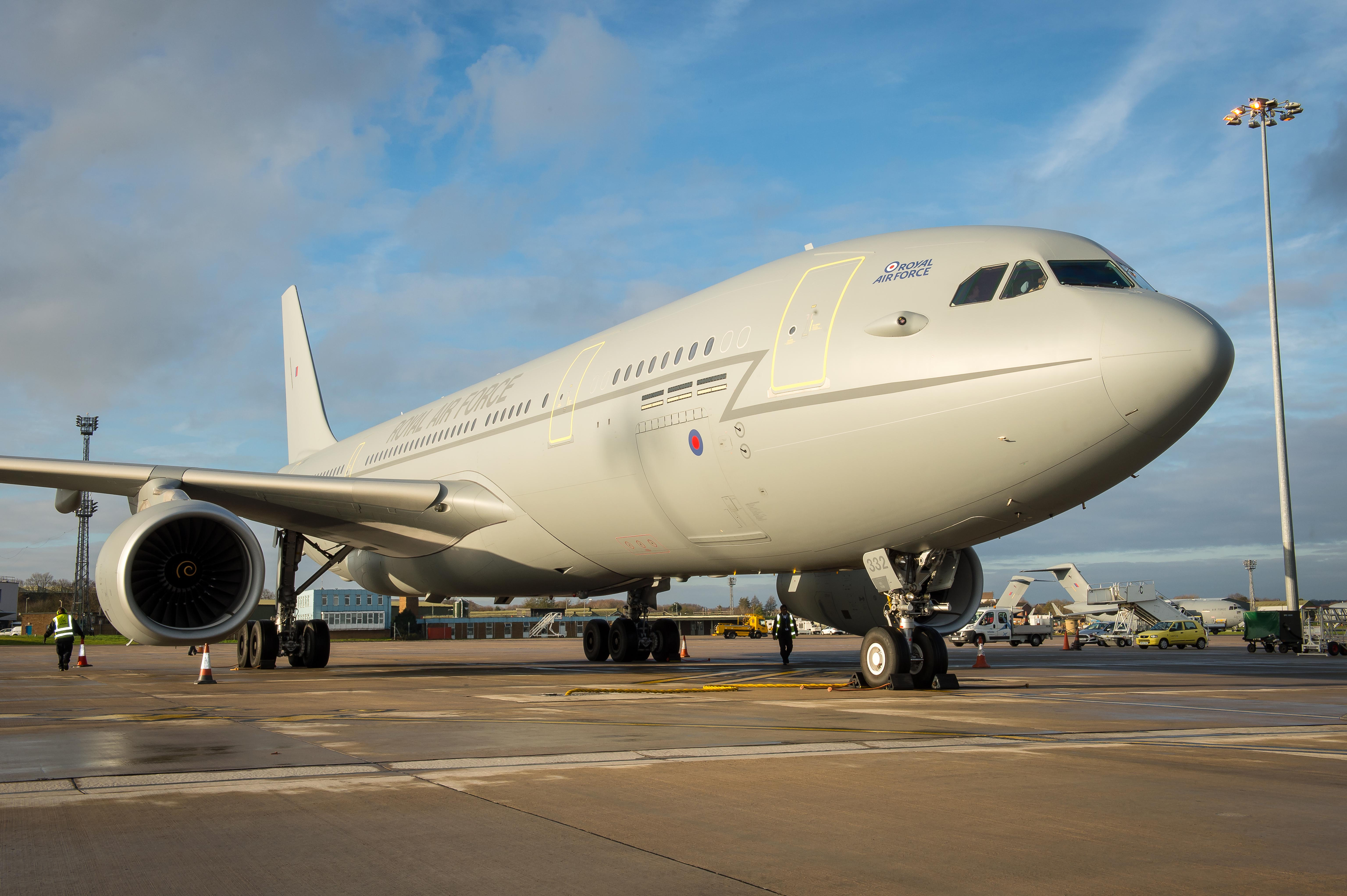 File Raf Voyager Aircraft Mod 45156495 Jpg Wikimedia Commons