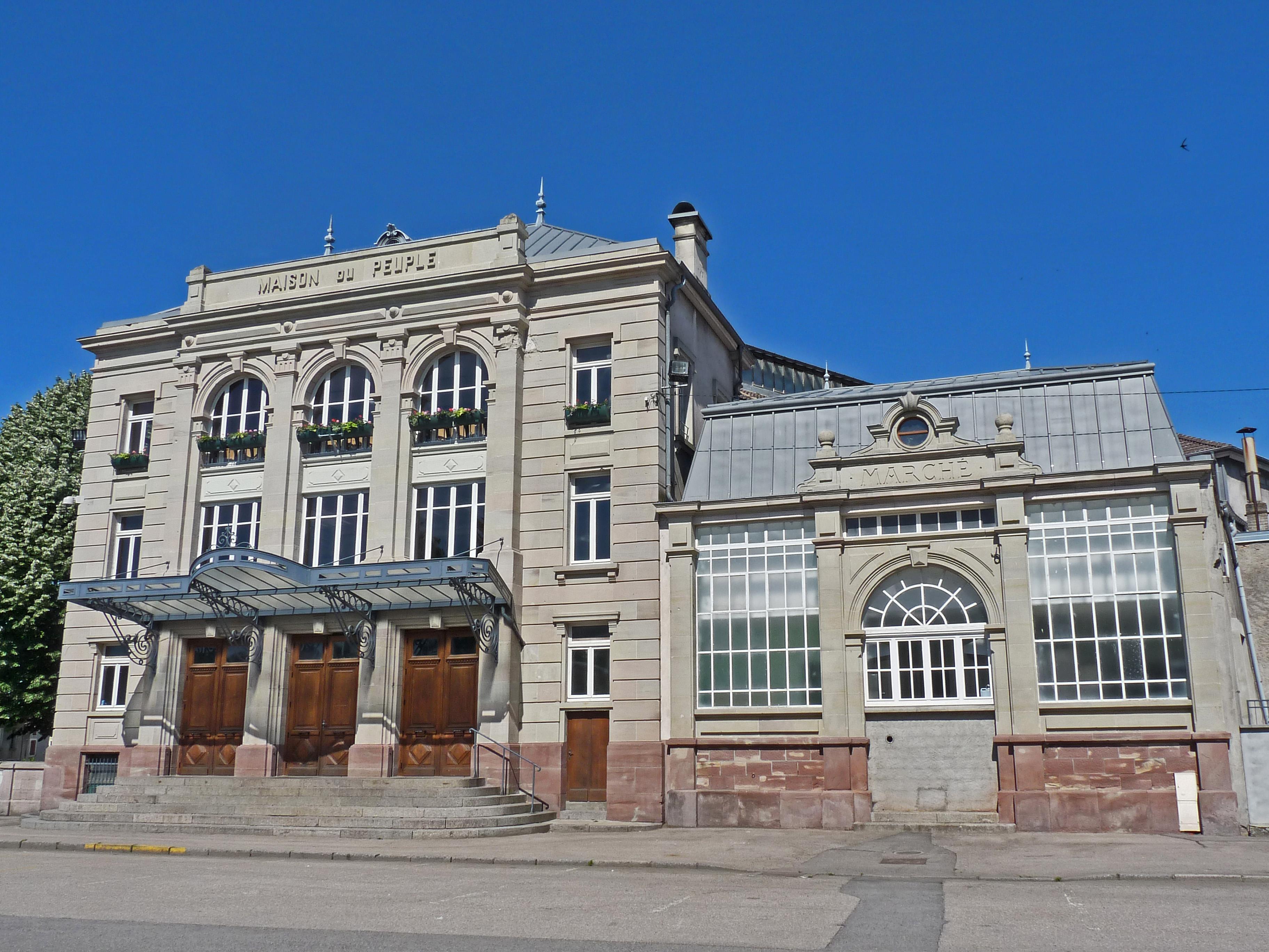 Maison du maison du citoyen la maison du peuple victor for Maison du monde wikipedia