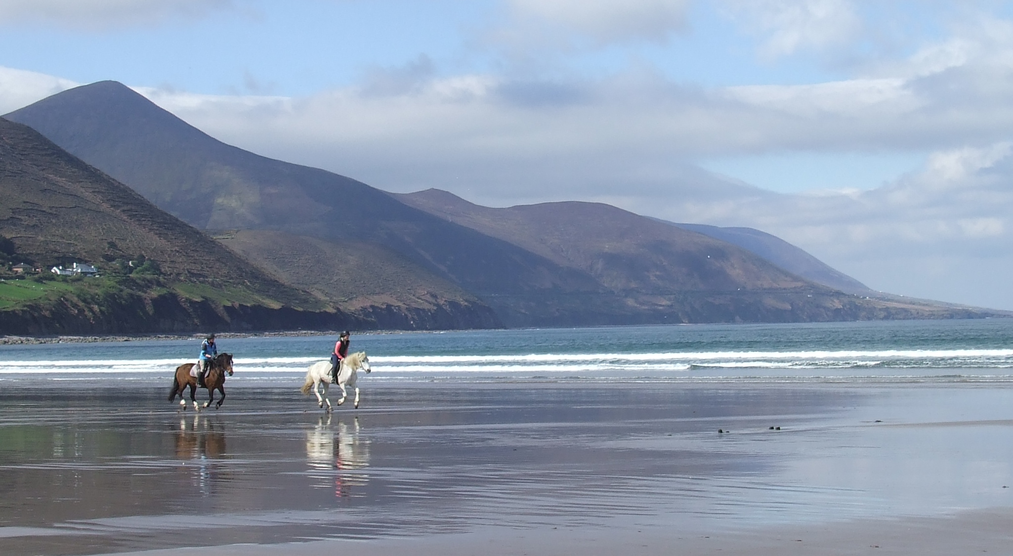 File:Rossbeigh Beach, Co Kerry.jpg - Wikimedia Commons