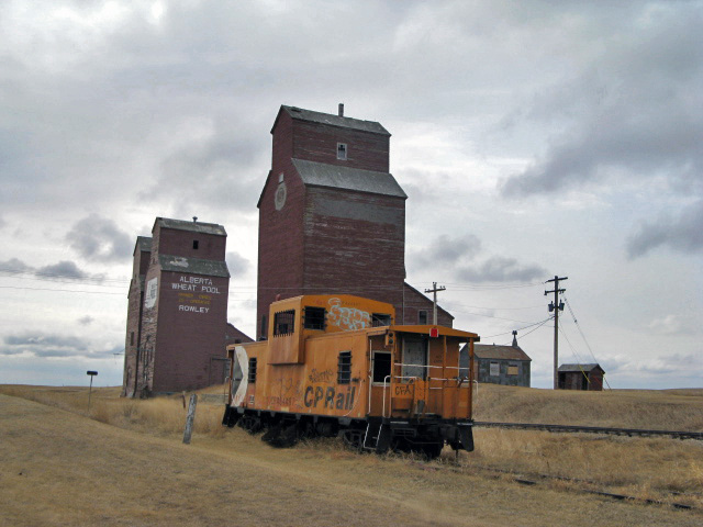 http://upload.wikimedia.org/wikipedia/commons/b/b3/Rowley%2C_Alberta_053a.jpg
