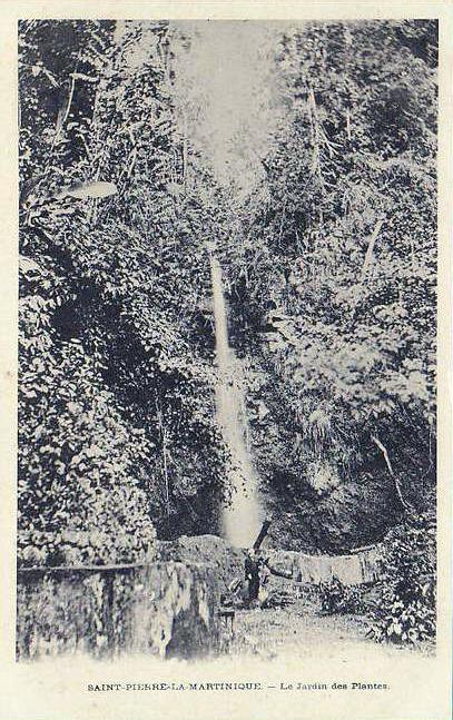 File saint pierre cascade du jardin des for Cabanes du jardin de pierre