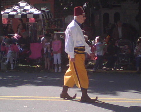 File:Shriner at fort Ligonier days 2008.jpg