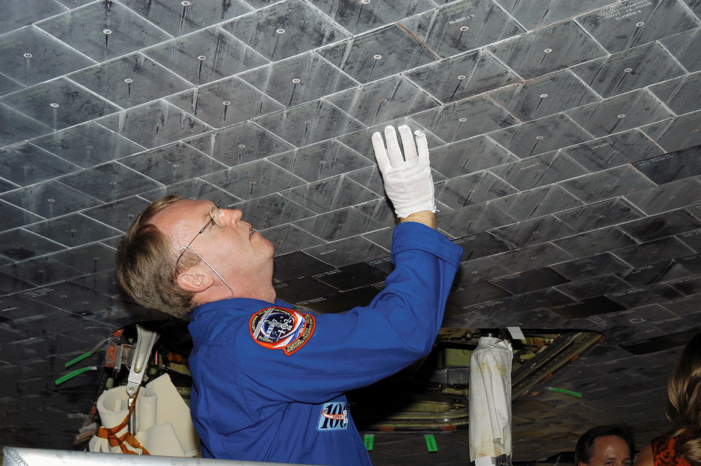 space shuttle heat shield tiles - photo #3