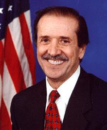 Portrait officiel de Sonny Bono.