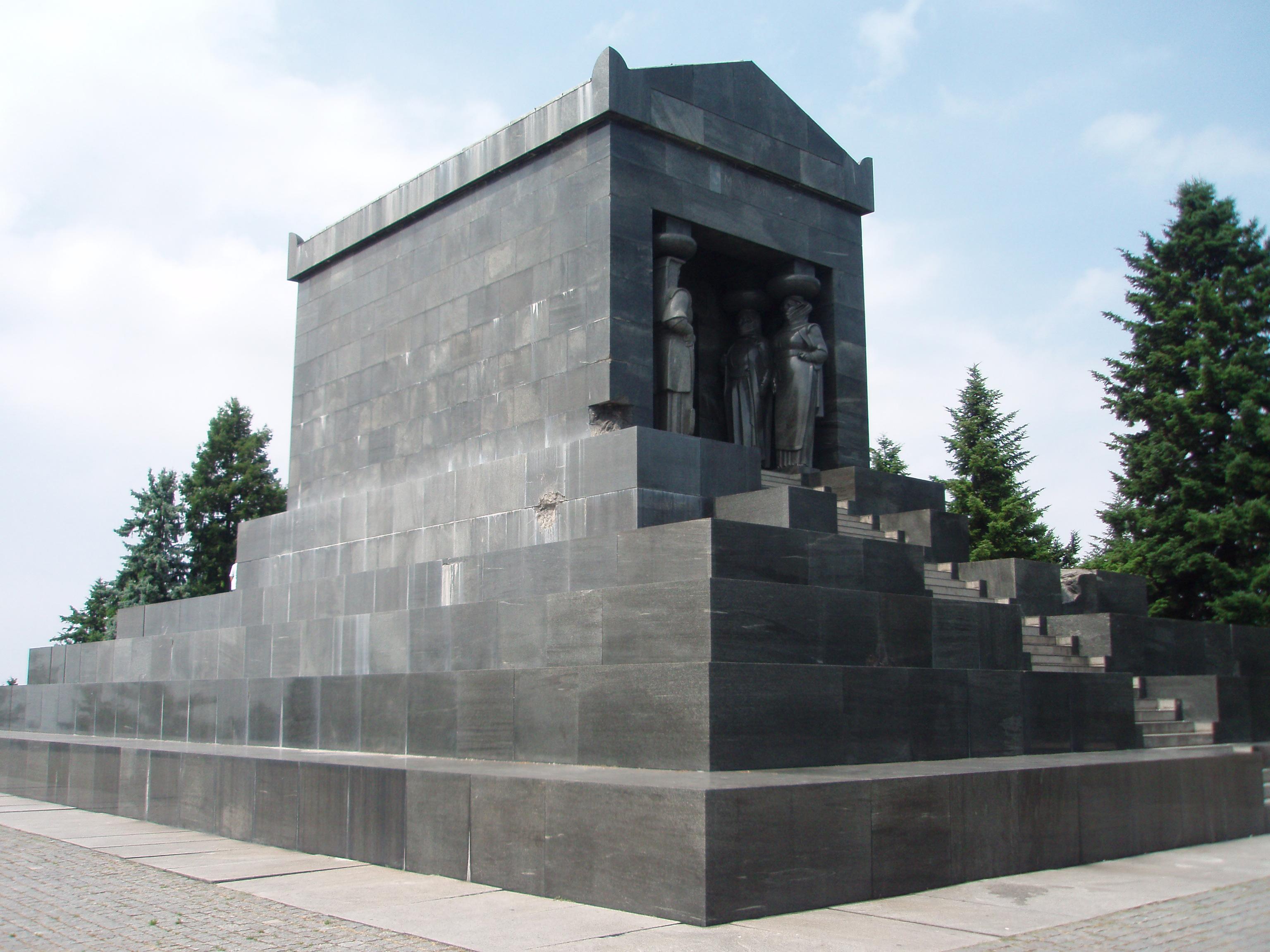 File Spomenik Neznanom Junaku Panoramio Jpg Wikimedia Commons