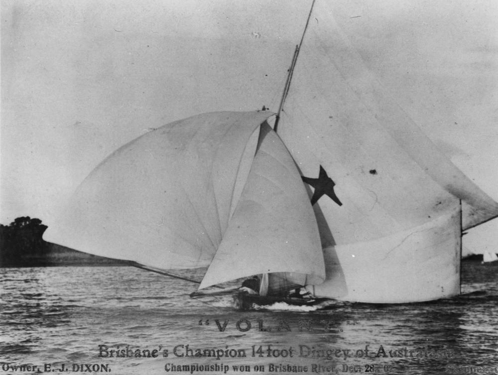 http://upload.wikimedia.org/wikipedia/commons/b/b3/StateLibQld_1_290943_Volant_a_champion_14_foot_dinghy_in_Brisbane%2C_1907.jpg