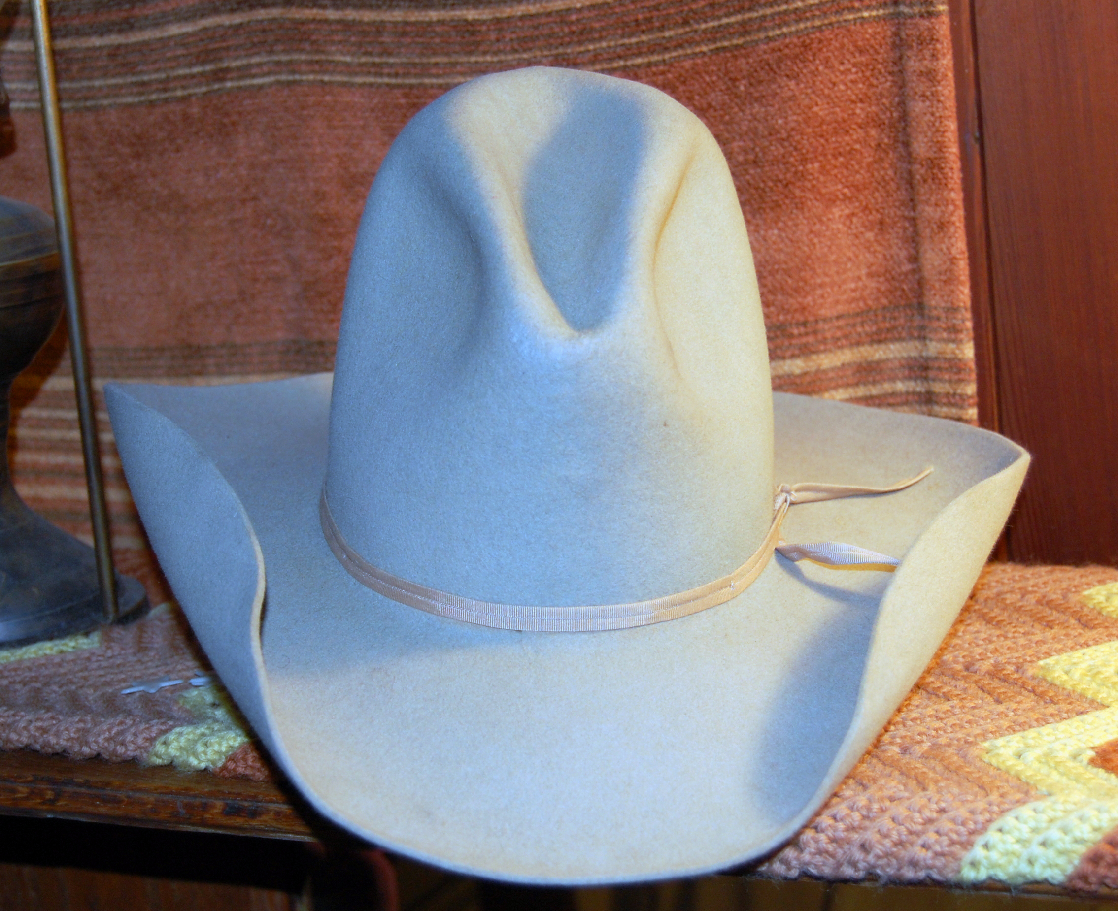 File Stetson cowboy hat silver belly 2 hand rolled.JPG - Wikimedia ... 60b195034d5
