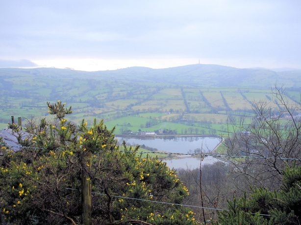 Tegg's Nose and Bottoms Reservoirs - geograph.org.uk - 662011