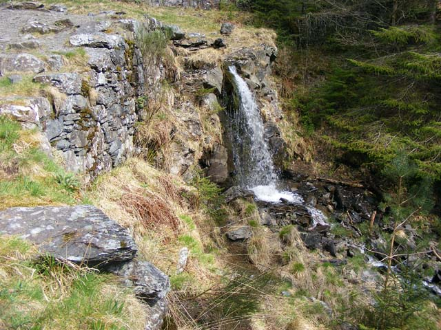 Top of waterfall at Aberllyn mine - geograph.org.uk - 1375151