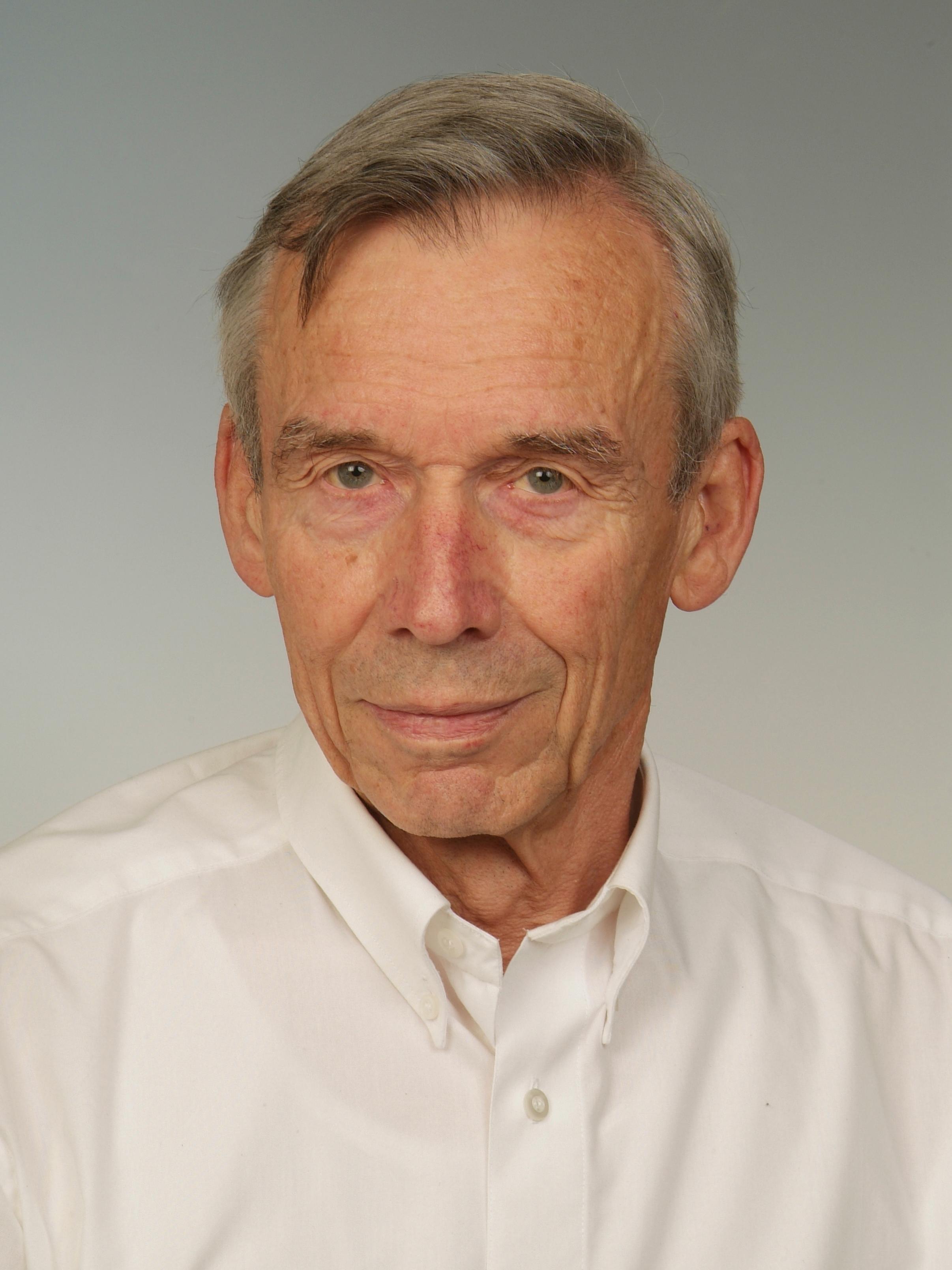 Prof. em. Dr. med. Ulrich Schwabe