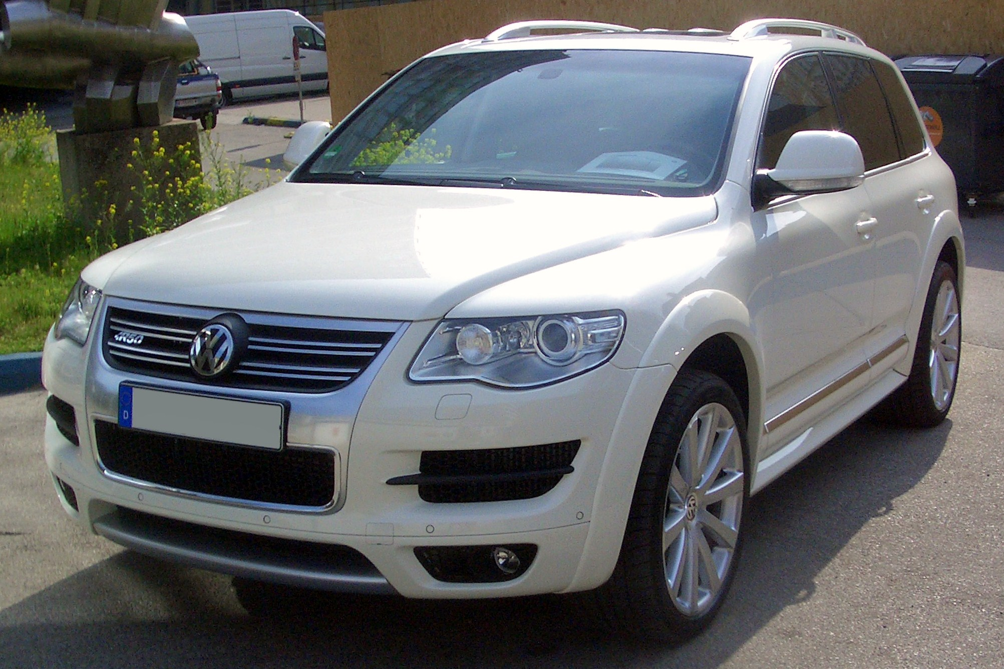 Volkswagen Touareg | Wiki & Review | Everipedia