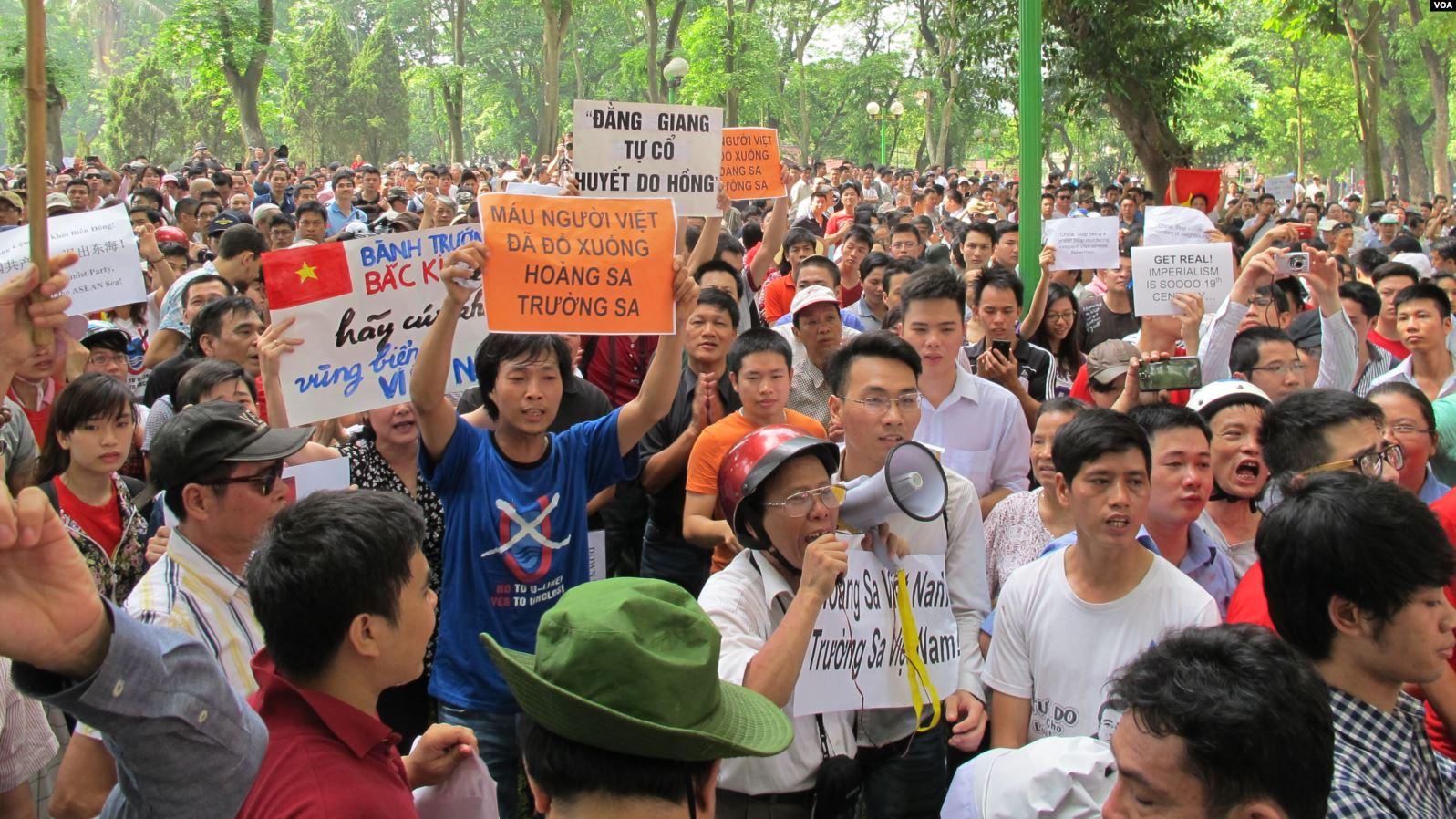 Kết quả hình ảnh cho Biểu tình chống Trung Quốc