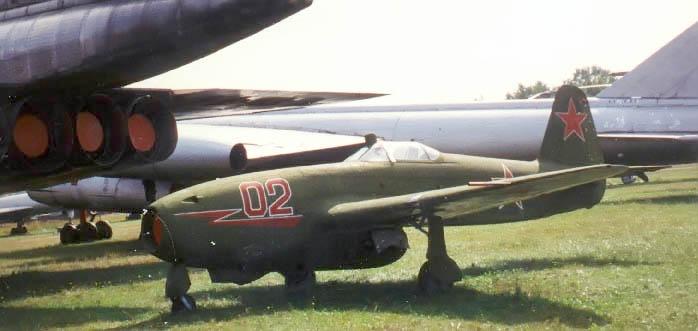 Yakovlev_Yak-17.jpg