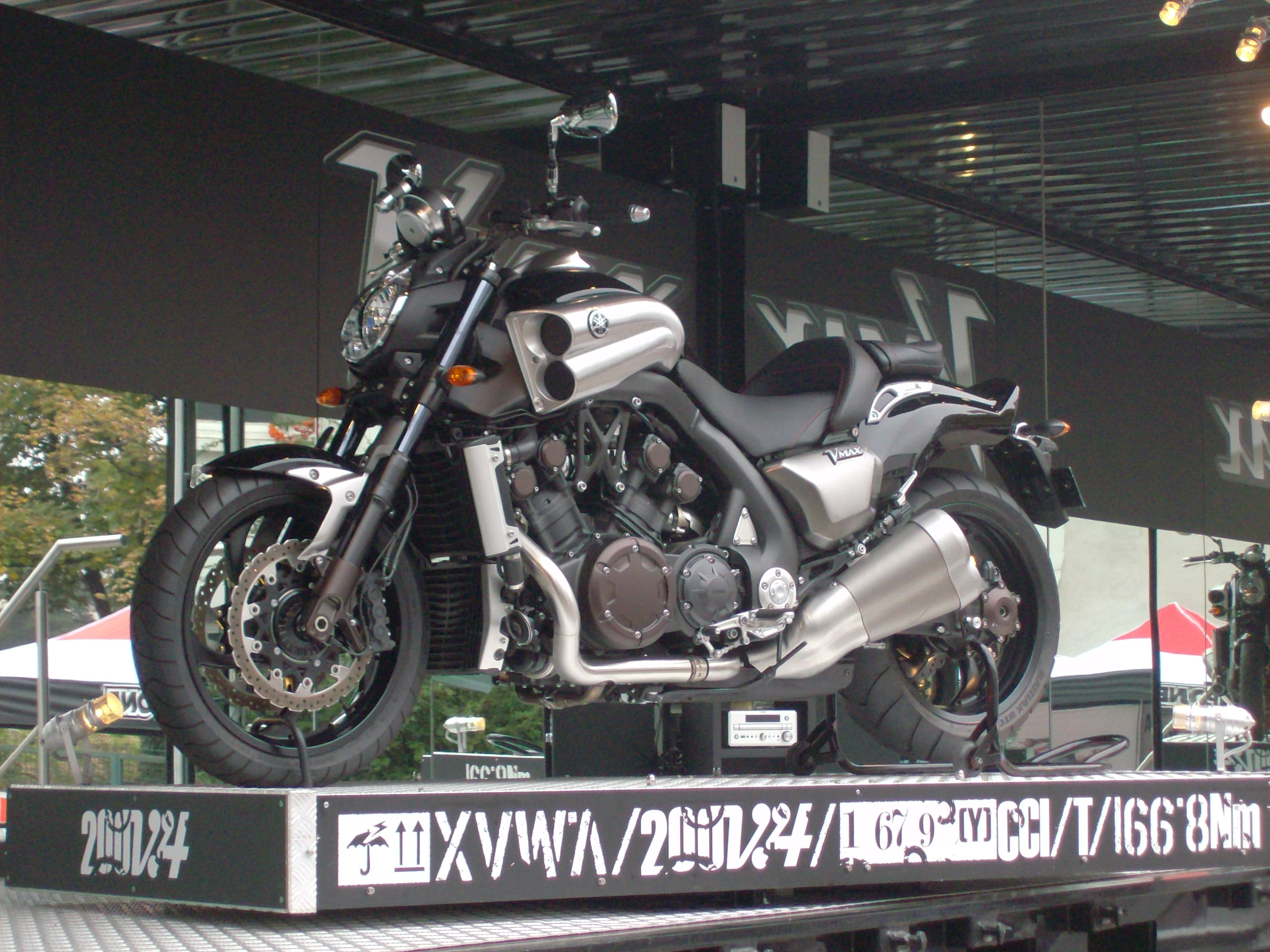 Yamaha Vmax With Corbin Hard Saddlebags