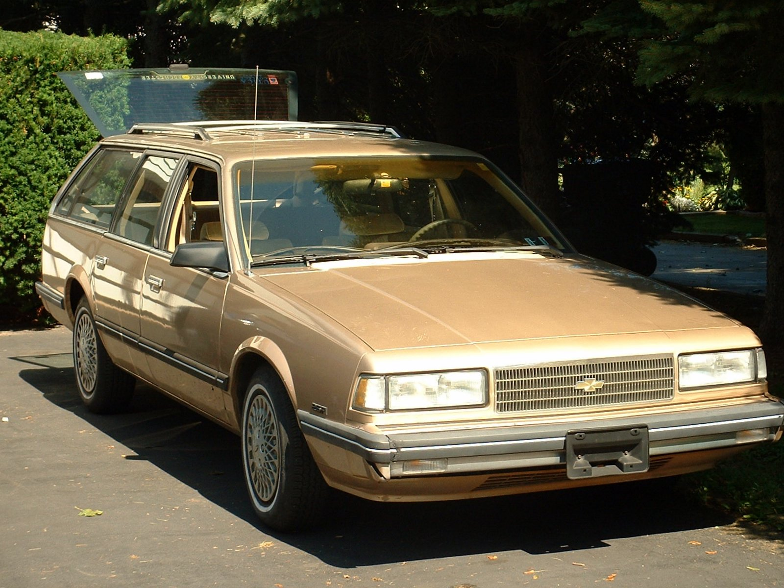 Fuel Economy of the 1990 Chevrolet Celebrity Wagon