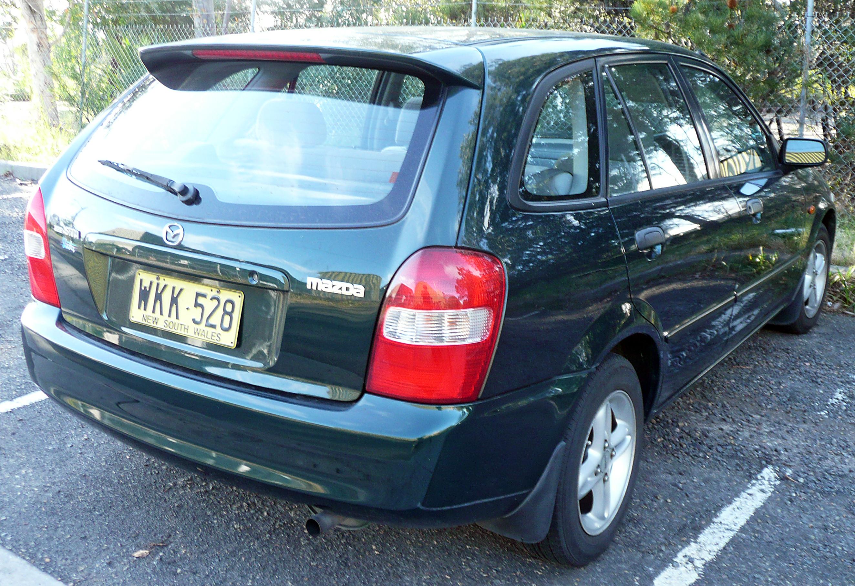 file:1999-2000 mazda 323 (bj) shades astina 5-door hatchback 04
