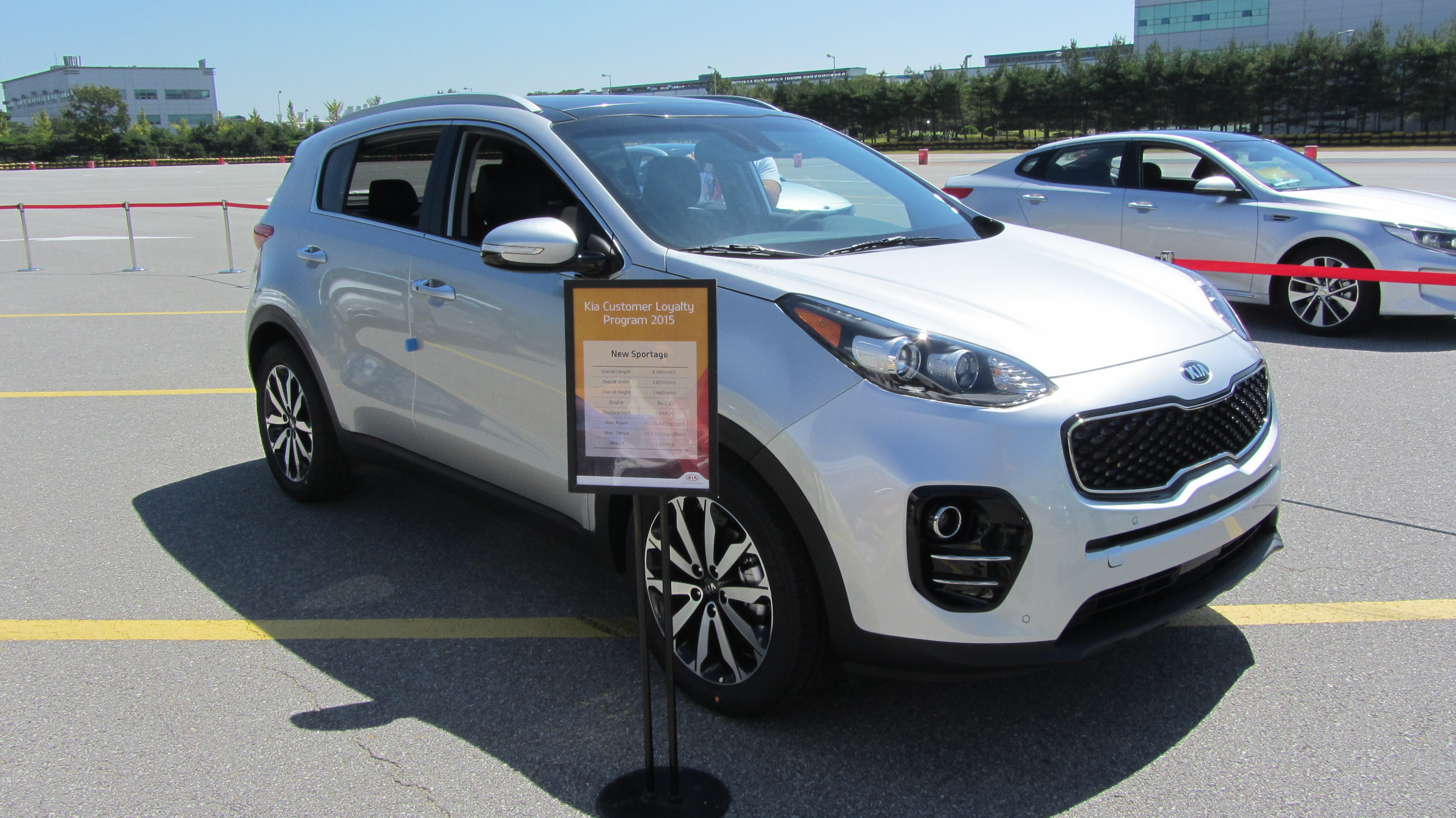 images official kia first sportage leaked news