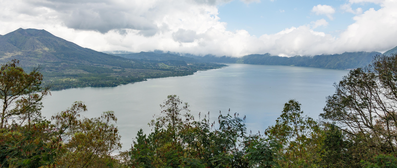 Bangly-Regency Bali Indonesia Lake-Batur-01.jpg