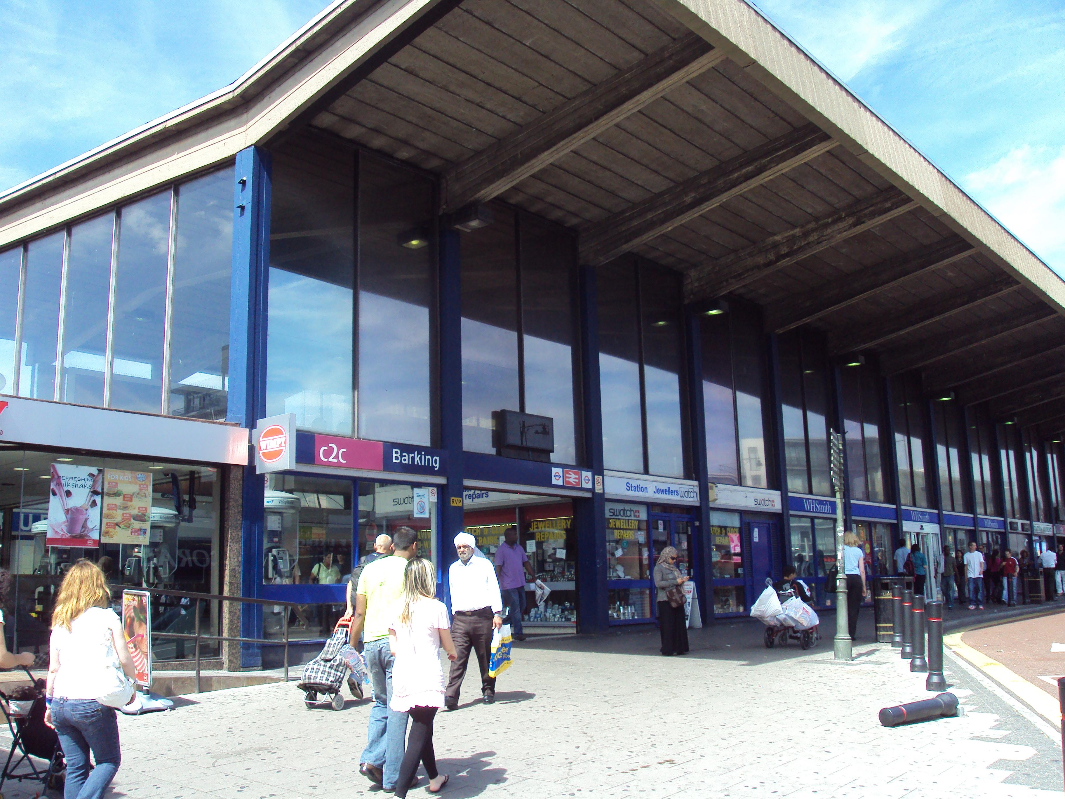 Barking railway station - (c) Rept0n1x