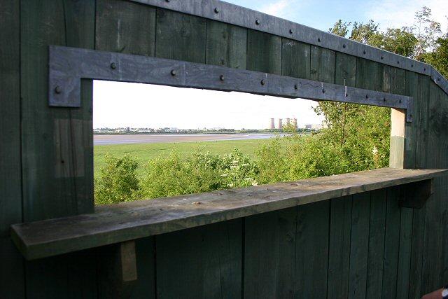 Bird hide at Wigg Island Community Park - geograph.org.uk - 496498