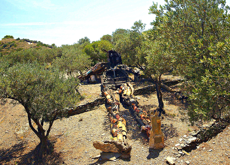 File:Casa Salvador Dalí de Portlligat (Cadaqués) - 2.jpg - Wikimedia ...