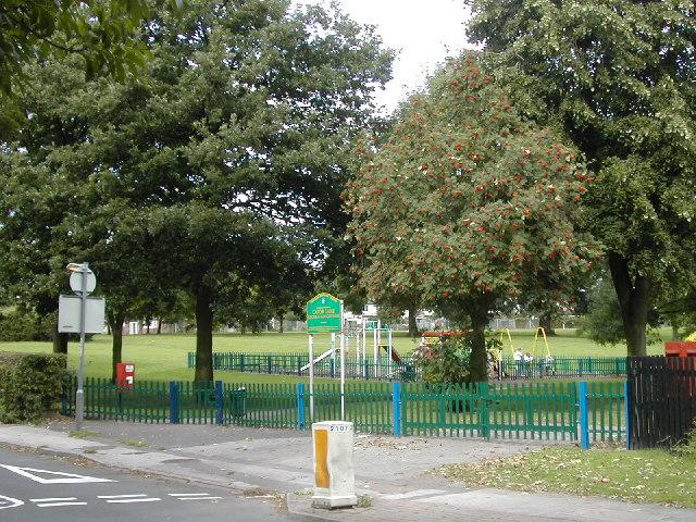 File:Cator Lane recreation ground - geograph.org.uk - 54398.jpg