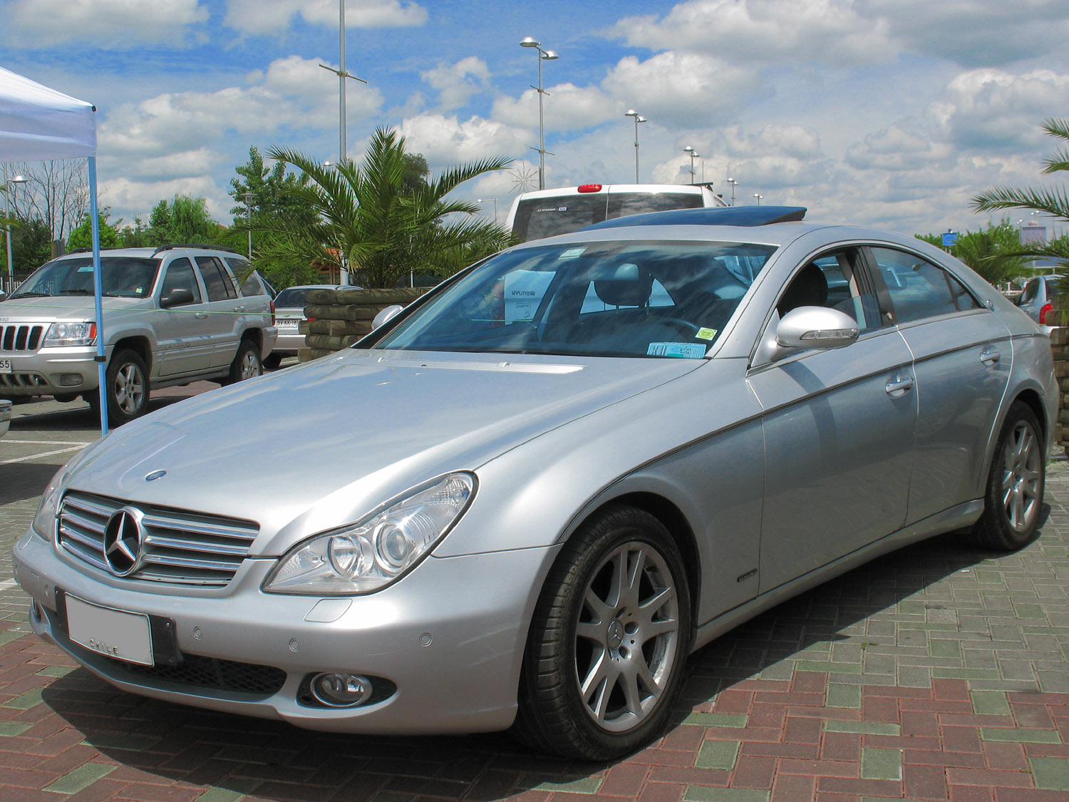 Mercedes benz cls wikiwand for Cls home